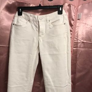 White jeans By Vince camuto